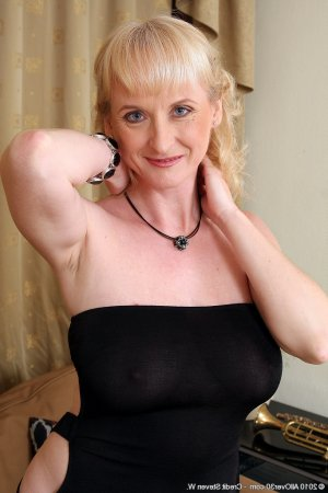 Malorie bisexual escorts Haverfordwest